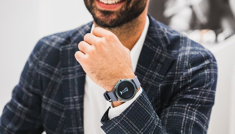 Fossil: the best smartwatches for him or her