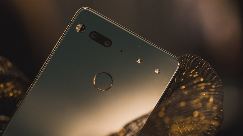 AndroidPIT essential phone 7989