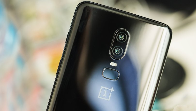 Poll results: Divided opinions over the OnePlus 6 and Honor 10