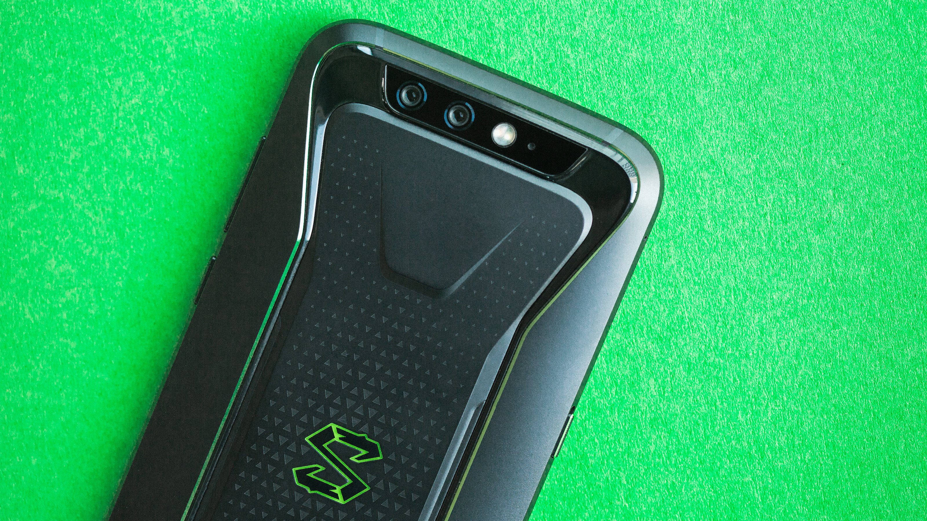 Xiaomi Black Shark 2 Launches In Uk And Europe Androidpit
