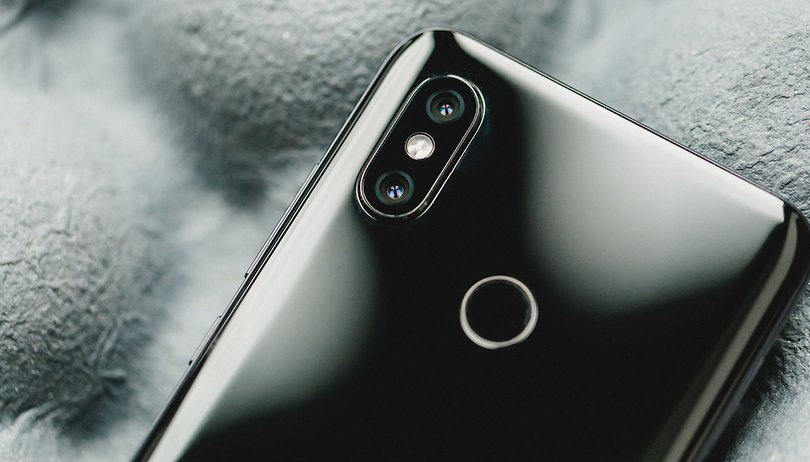 Xiaomi Mi 8: this smartphone camera is afraid of the dark