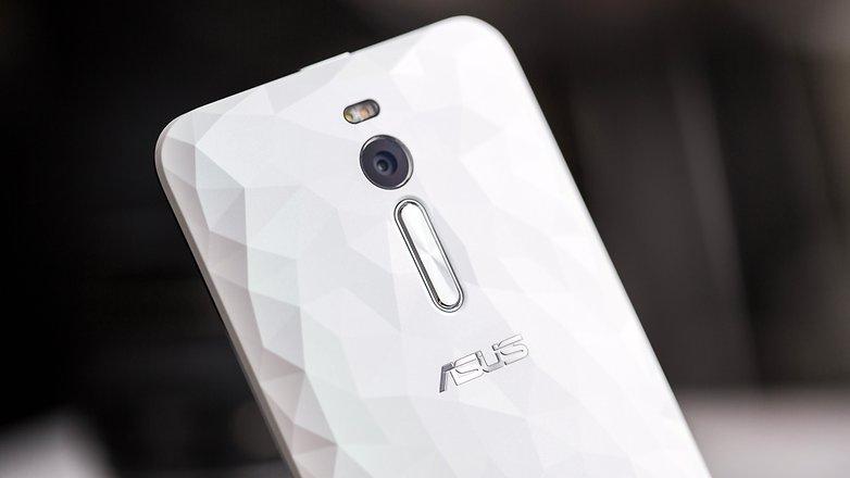 AndroidPIT ASUS ZenFone 2 Deluxe 9686