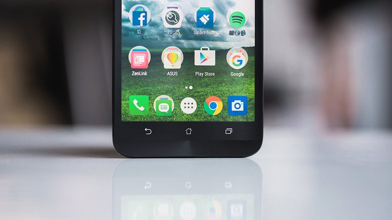 test du asus zenfone 2 deluxe un h ro sans superpouvoirs. Black Bedroom Furniture Sets. Home Design Ideas