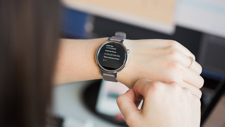 AndroidPIT moto 360 2015 14