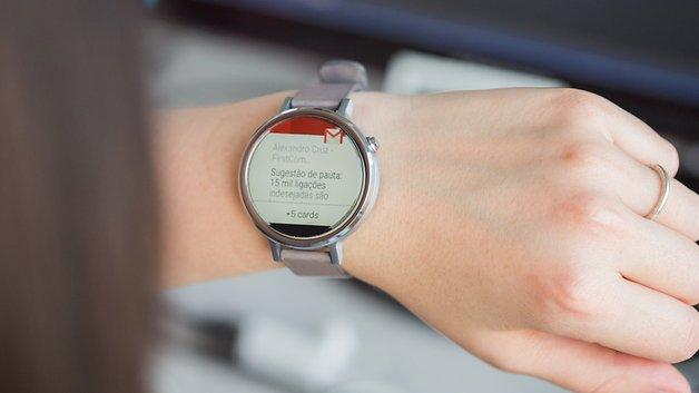 Vous pouvez lire vos emails sur votre montre.
