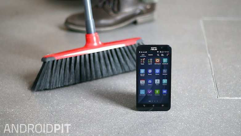 AndroidPIT smartphone clean