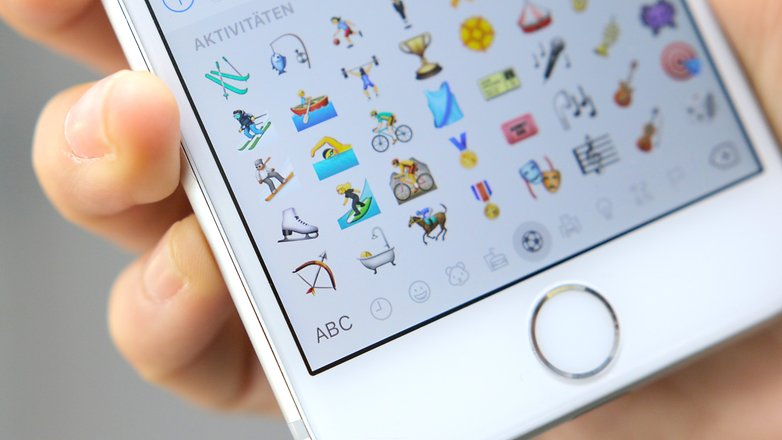 WhtsApp emoticons iPhone
