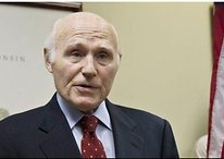 Senator Herb Kohl Calls for Feds to Reject AT&T Acquisition of T-Mobile
