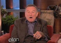 [Video] Robin Williams Imagines What a French Version of Siri Would Sound Like, If She Actually Worked
