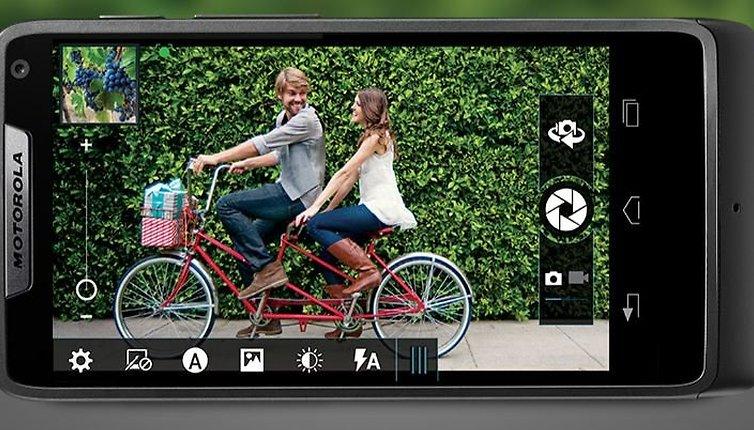 Motorola and Intel Announce the RAZR i