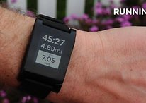 Pebble E-Paper Watch + RunKeeper = Brilliance