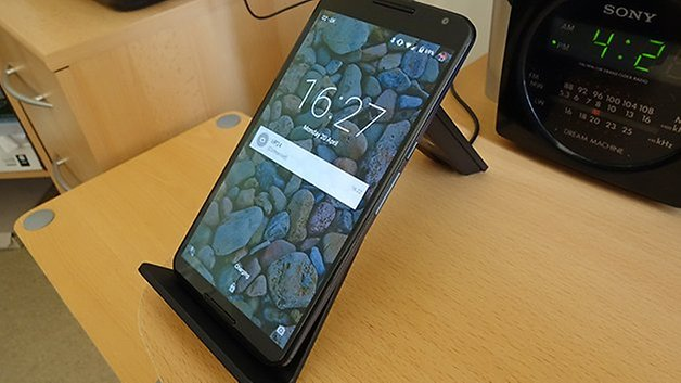 AndroidPIT Nexus 6 wireless dock