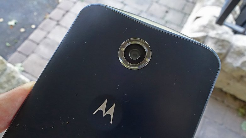 androidpit nexus 6 outside 2