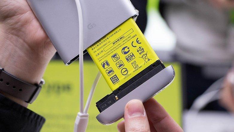 5 motivi per scegliere uno smartphone con batteria for Scegliere smartphone