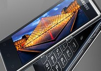 El retorno de los teléfonos con tapa: alta tecnología y diseño viejuno