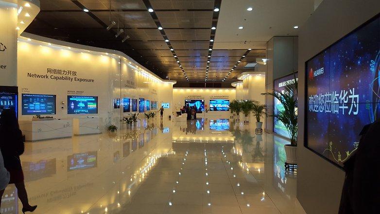 Huawei Tour uemit