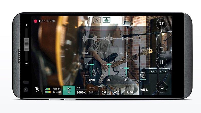 LG Q8 Audio Camera
