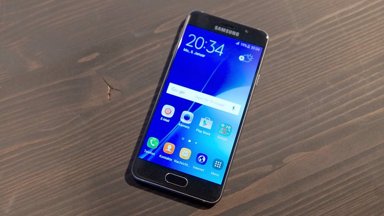 Samsung Galaxy A3 2016 a