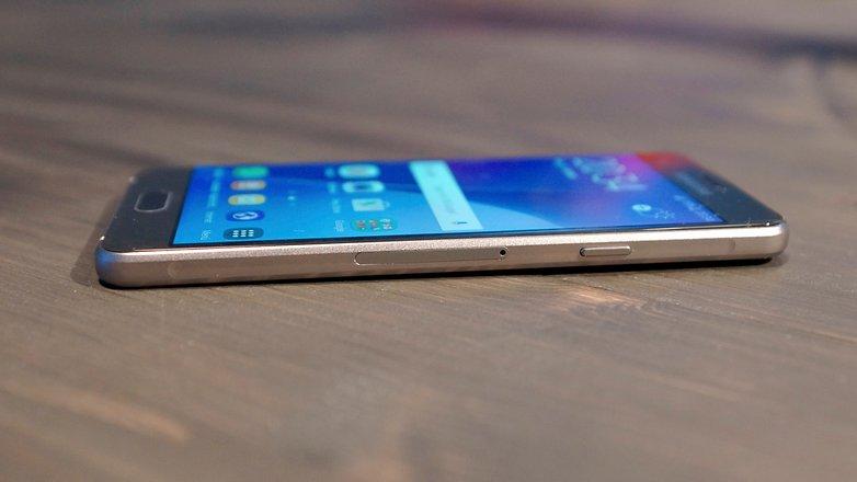 Samsung Galaxy A3 2016 g