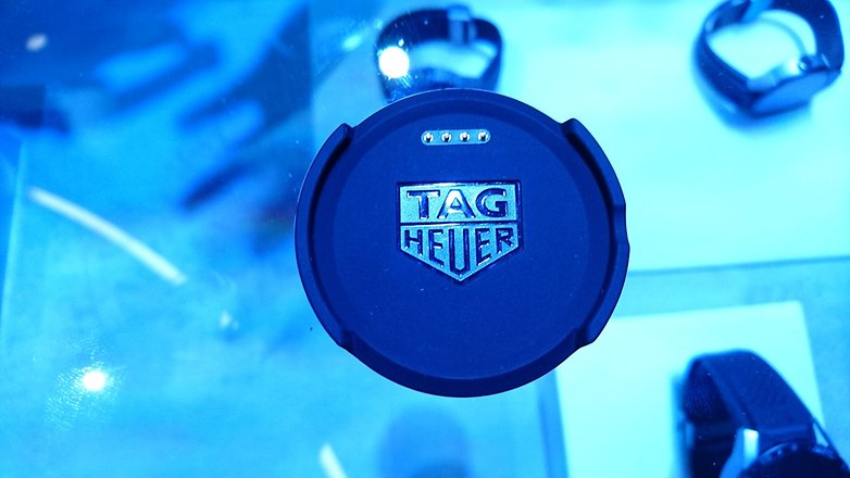 Tag heuer connected watch ladestation 1