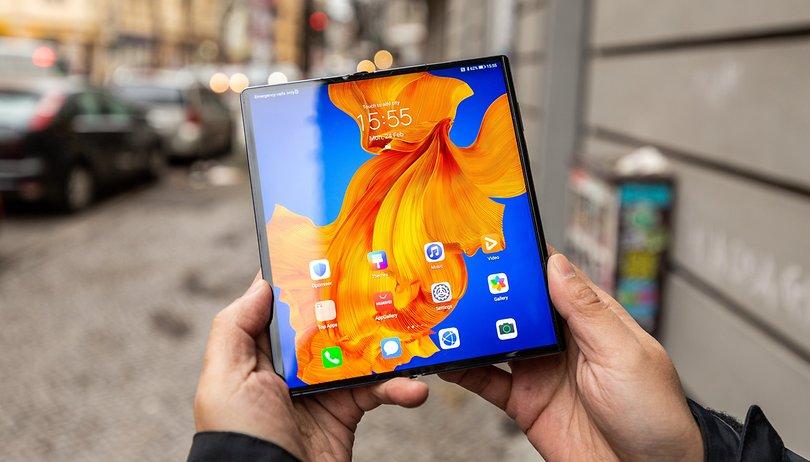 Testamos o Mate Xs, o novo celular dobrável da Huawei