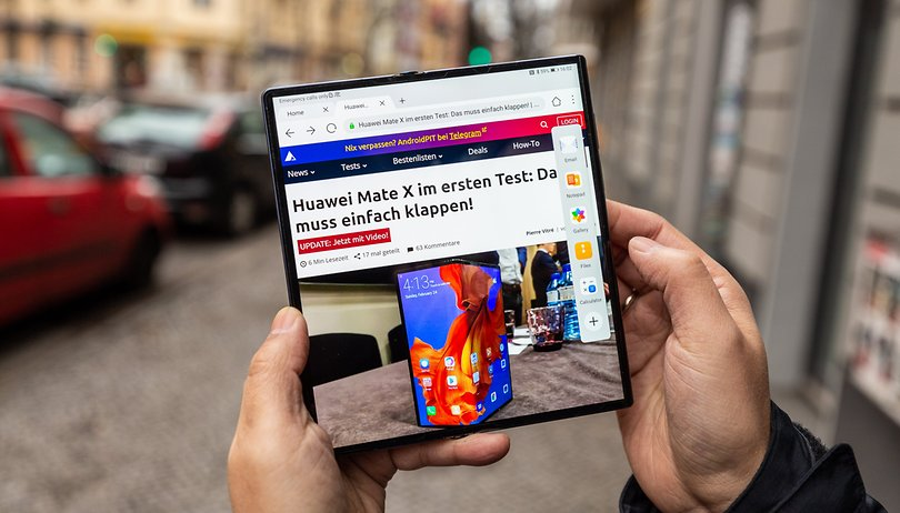 VIDEO: Hands-on with the Huawei Mate Xs foldable phone