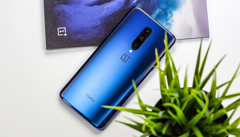 What's the difference between the OnePlus 7 and the OnePlus 7 Pro?