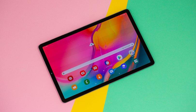 Galaxy Tab S6: immagini ufficiali confermano la presenza della stilo