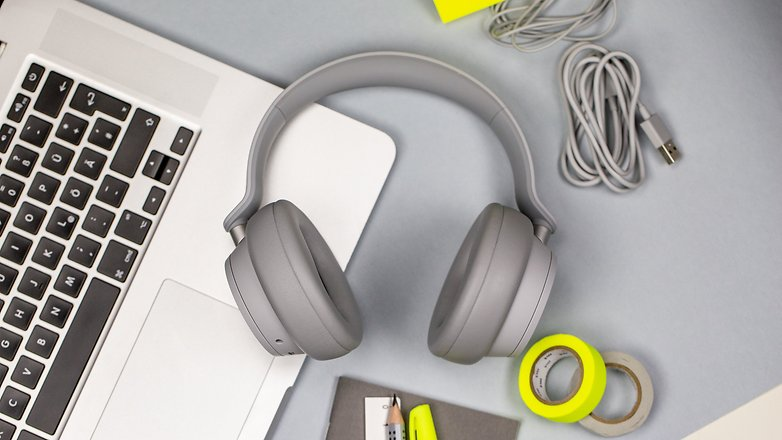 androidpit microsoft surface headphones hero design