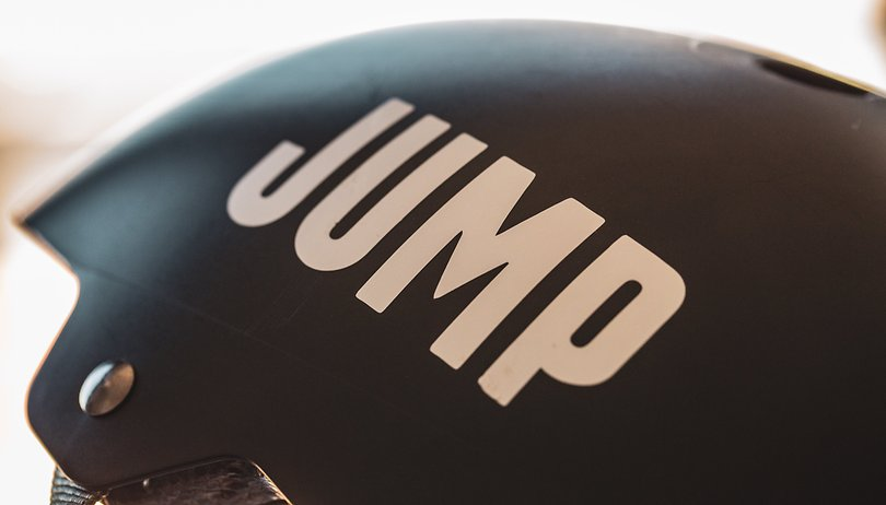 Uber hands out 200 free helmets as part of new JUMP safety campaign