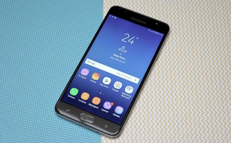 j7 prime2 10 Os melhores smartphones com TV digital - Winew