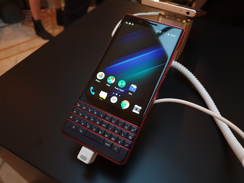 androidpit blackberry key2 le red
