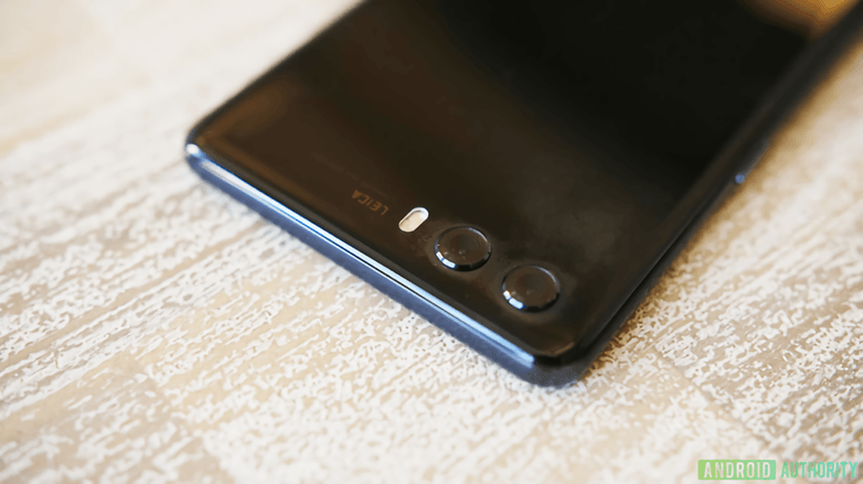 Huawei P20 prototype leak 2 840x472 waifu2x photo noise3 scale tta 1