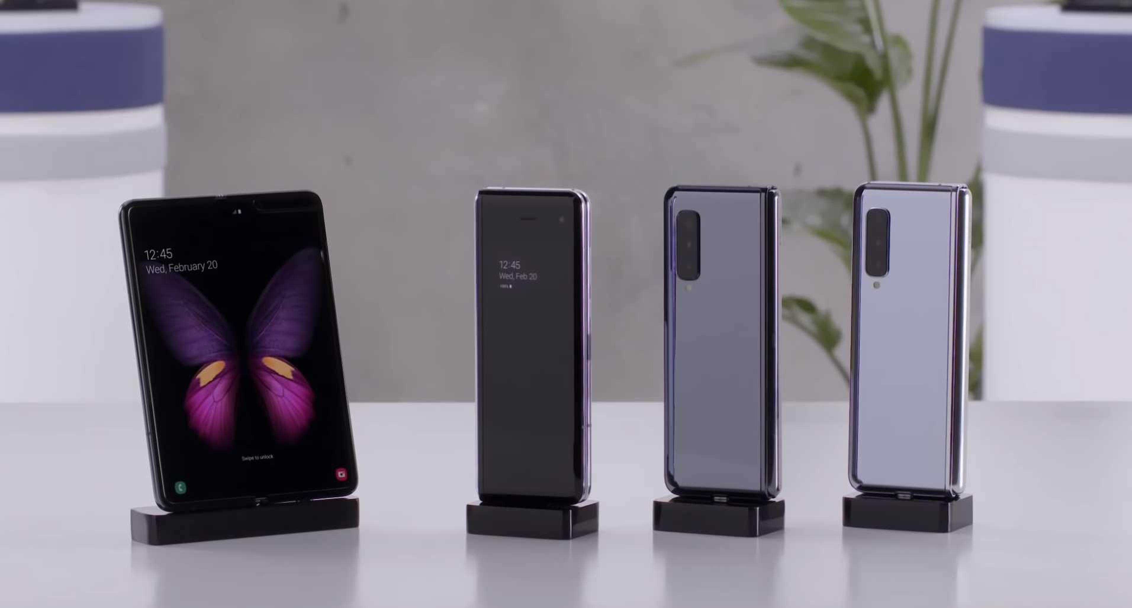 galaxy fold hands  video zeigt samsungs falt smartphone
