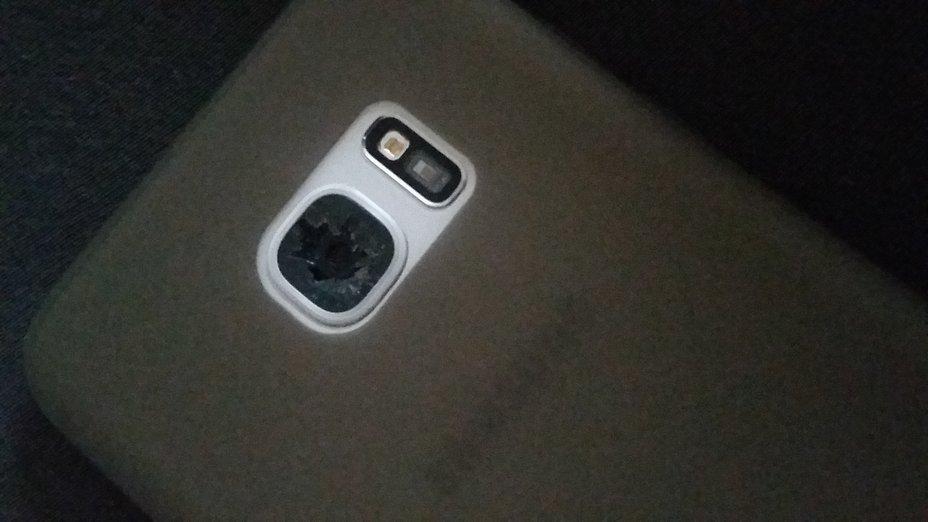samsung galaxy s7 edge kamera linse geplatzt androidpit. Black Bedroom Furniture Sets. Home Design Ideas