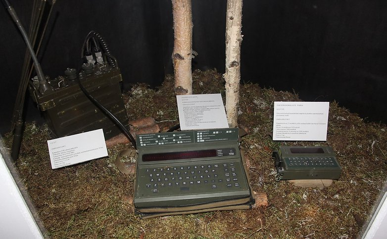 Sanomalaitteet ja LV 217 radio