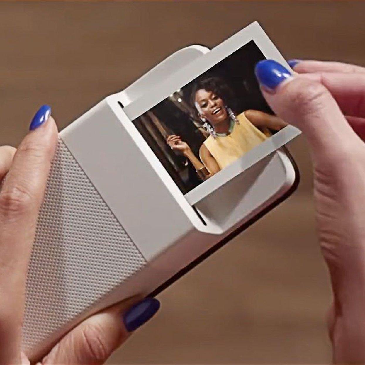 bc95371760f17 Polaroid Insta-Share Printer Moto Mod unveiled   AndroidPIT