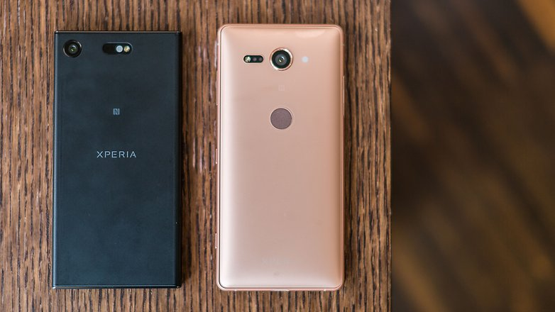 AndroidPIT sony xperia xz2 compact vs xz1 c back u5d