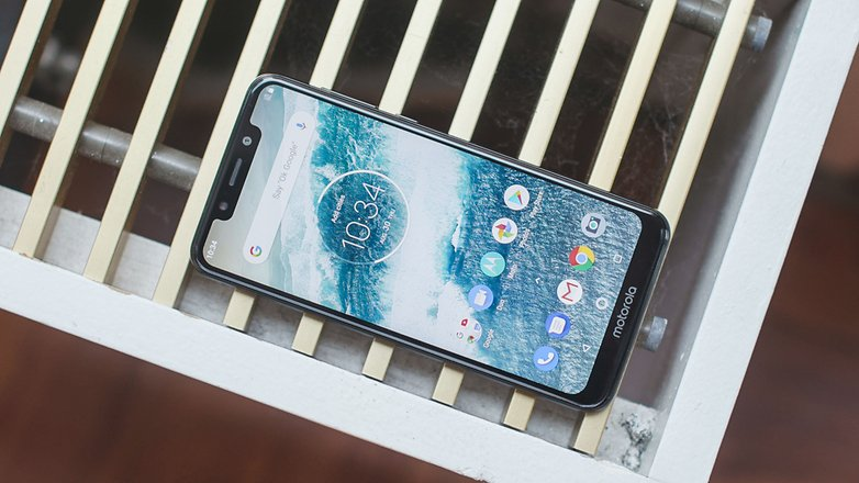 AndroidPIT motorola one front