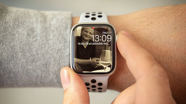 apple watch hub hero