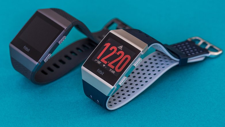 AndroidPIT fitbit ionic adidas edition comparison1