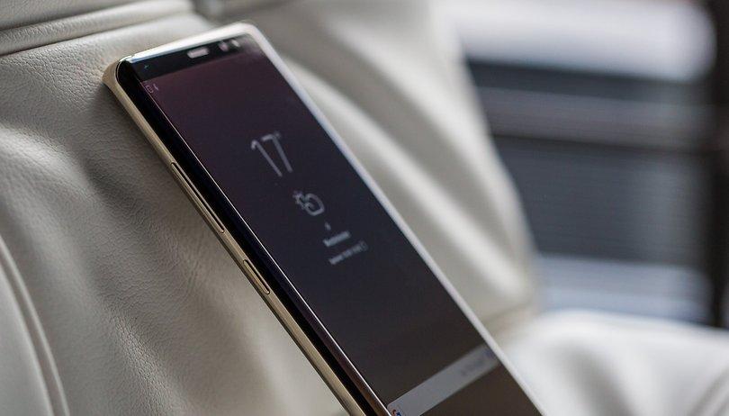 Samsung setzt auf ein Rundum-Display