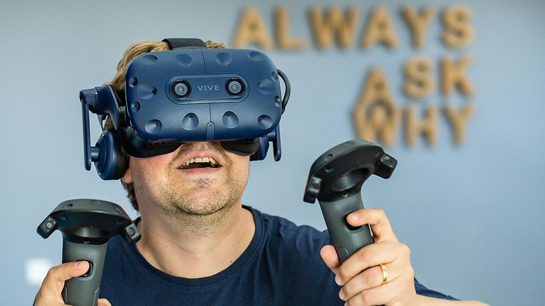 AndroidPIT htc vive pro hero image