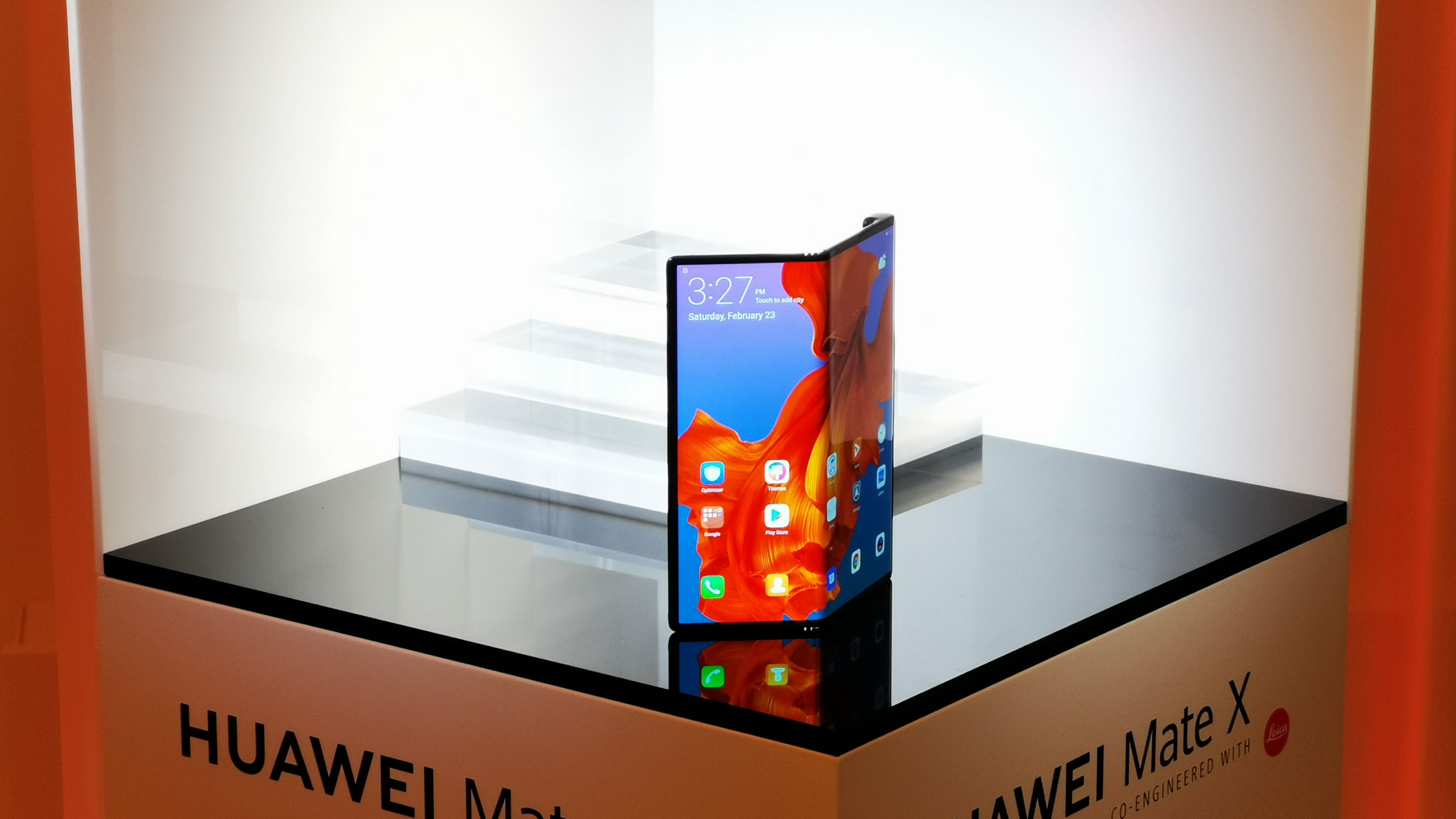 Huawei R 233 Pond 224 Samsung Et Pr 233 Sente Son Mate X Pliable