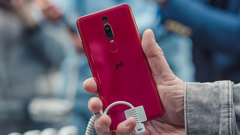AndroidPIT huawei porsche design mate rs back red