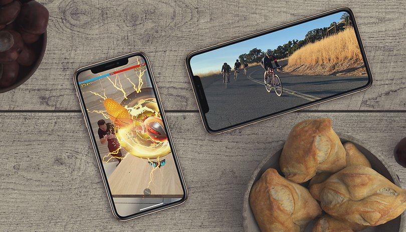 Apple iPhone XS vs Samsung Galaxy S9+: who gives you X-tra?