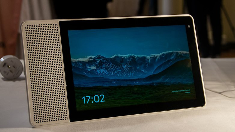 AndroidPIT lenovo smart display front