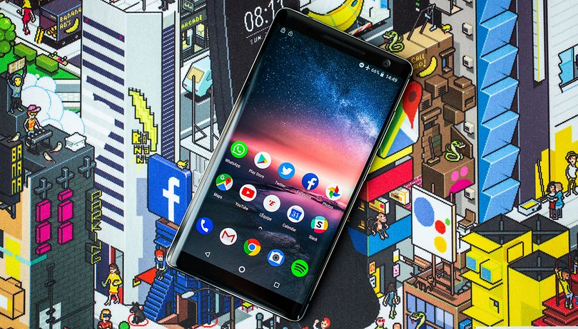 Nokia 8 Sirocco: set shoulders to 'shrug'