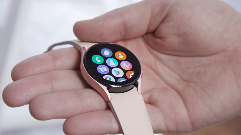 NextPit samsung galaxy watch 4 app drawer