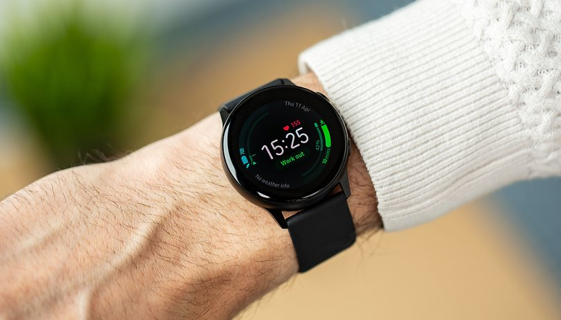 No, non è il nuovo Apple Watch, è Galaxy Watch Active 2!